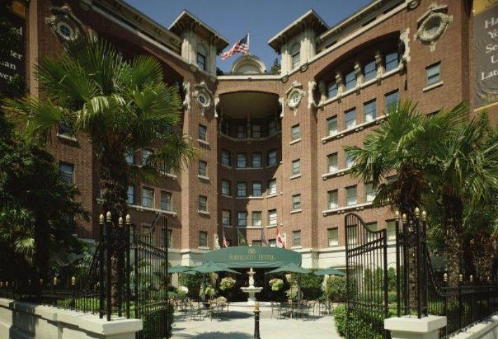 7. Hotel Sorrento