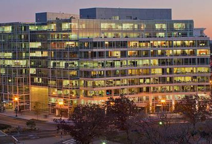 DC Attracts New Firms