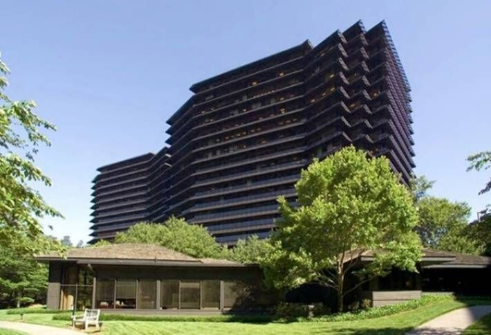 Franklin Street Buying Second Ravinia Tower