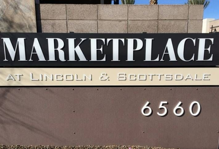 Marketplace at Lincoln & Scottsdale Trades Hands