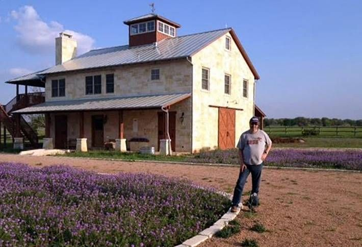 DFW Real Estate Pros Who Double As Weekend Ranchers