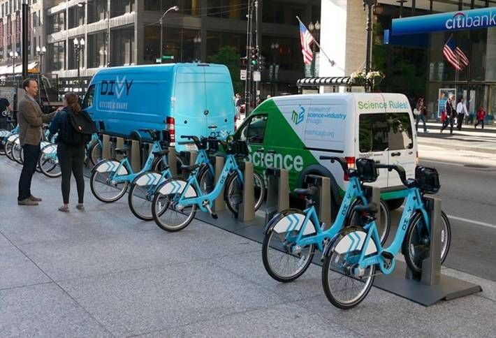 Developer Buys and Installs Divvy Station for South Loop Apartment Buildings