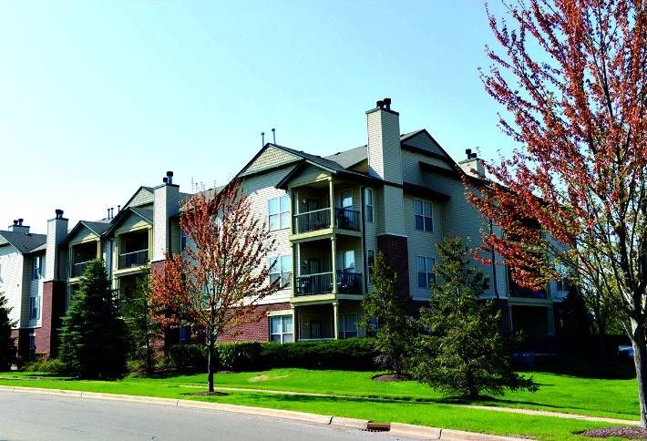 Steadfast Buys Suburban Apartments for $59M