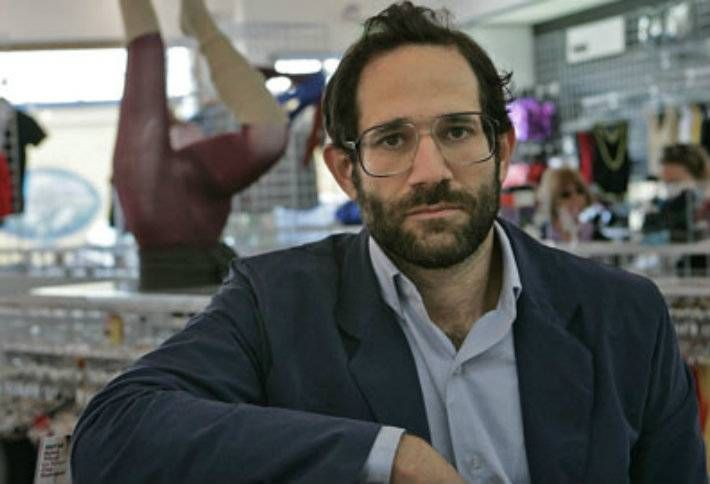 Ousted American Apparel Ceo Says He S Broke Can T Afford