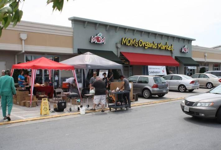 MOM's Organic Market Opening in White Marsh, Readies Rotunda