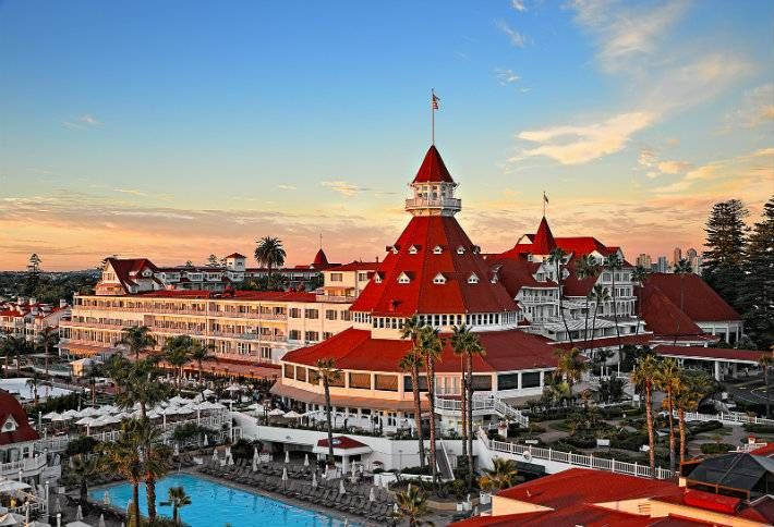 America's 10 Most Famous Grand Hotels