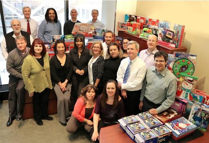 HSA Volunteers Bring Christmas Cheer To The Needy