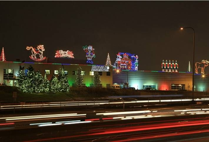These Buildings Do The Holidays Right