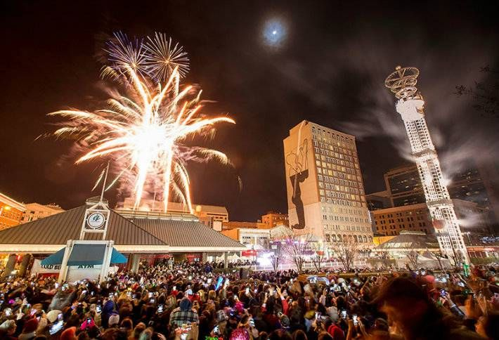 8 Most Iconic Venues in the Nation to Ring in New Year