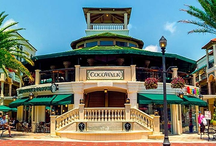 How Comras Plans to Bring the Glitz  Back to Miami