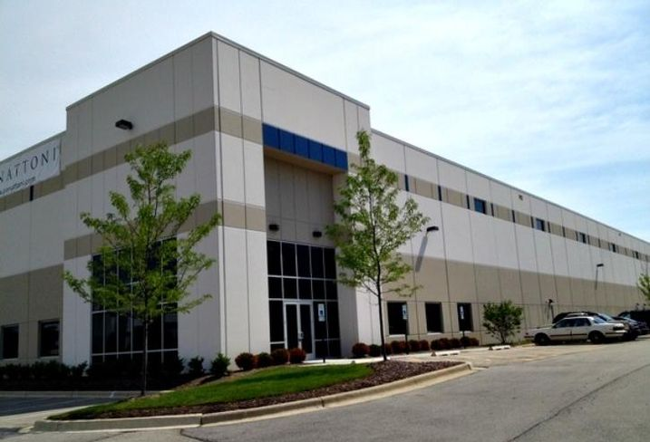 An industrial facility at Turnberry Lakes Business Park in Roselle, IL.