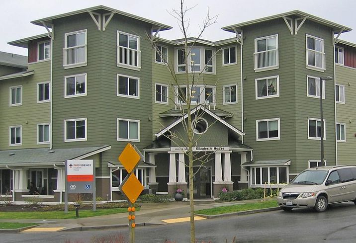 5 Things You Need To Know About Senior Housing In 2016
