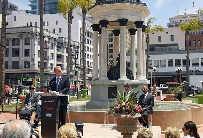 Mayor Kevin Faulconer speaks at Horton Plaza park rededication