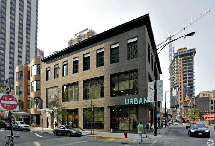 Cushman & Wakefield repped the seller of 1100 N State St in Chicago. Sale Price was $53.2M.