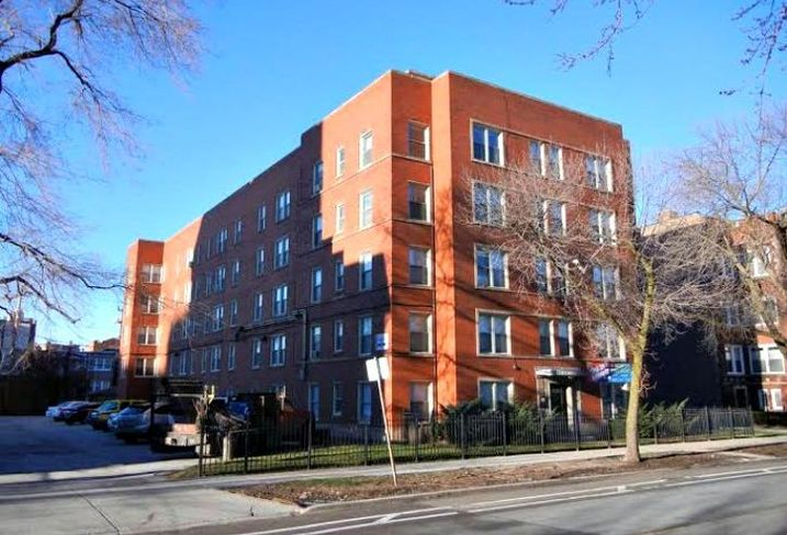7220 S South Shore Dr in Chicago sold for $2.2M