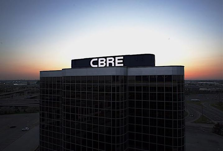 Signage atop CBRE's new Toronto West office, at 5935 Airport Rd.