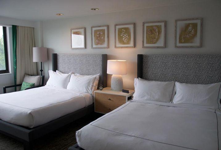 Glover park hotel room