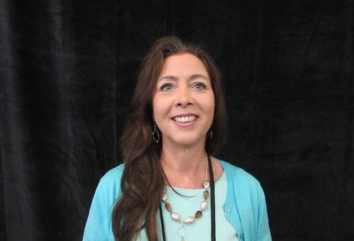 Elizabeth Peterson-Gower, LA