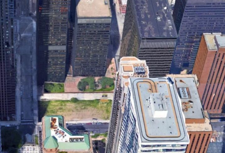 This vacant lot near Aon Center in Chicago just exited foreclosure