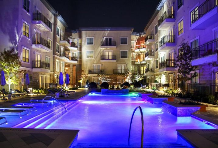 JPI sold Jefferson Las Colinas, a new 386-unit multifamily community in Las Colinas. Apartment Realty Advisors, a Newmark company, assisted in the sale which was developed and built by JPI in 2015.
