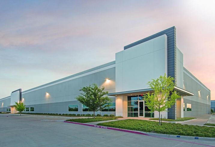 ML Realty Partners signed two leases totaling 183k SF just north of DFW International Airport within the firm's 13-building Park West portfolio in Coppell. ZS Pharma leased 98k SF at 508 Wrangler Drive. HCA Health Services leased 85k SF within 631 Southwestern Boulevard. Brian Bachrach with Lincoln Harris CSG repped HCA.