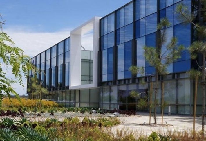 Exterior of 300k SF Campus Point Phase 2 biomed complex.