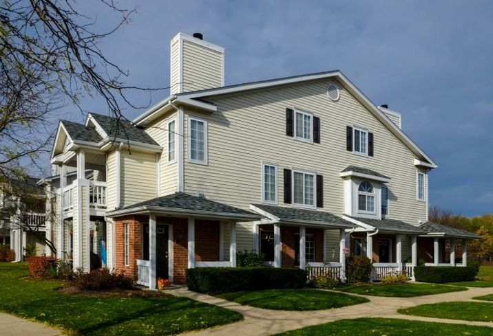 Arbors Of Brookdale, Naperville, IL