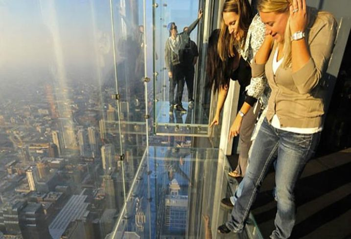 The Ledge at Willis Tower Skydeck, Chicago