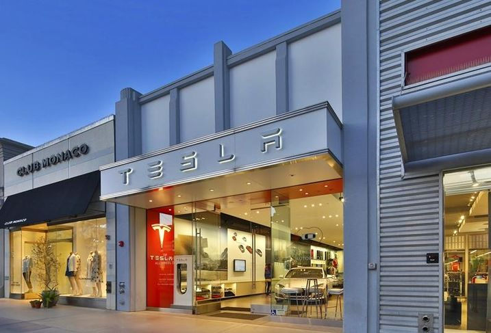 Tesla on Third Street Promenade