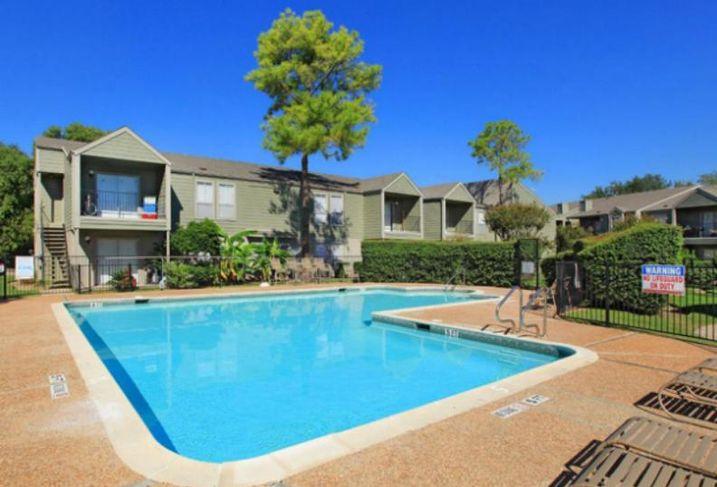2801 Broadmead Apartments