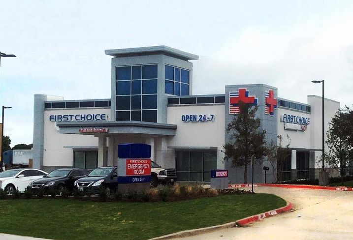 Mycon General Contractors completed construction of the First Choice Emergency Room at 3301 Lakeview Parkway in Rowlett. The 7k SF facility houses full diagnostic and radiology suites, such as CT scanners, ultrasound and digital X-rays.