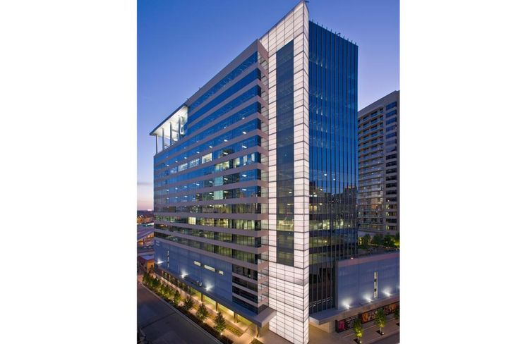 HFF closed the sale of and arranged financing for 17Seventeen McKinney the 369k SF, Class-A office tower which was purchased by Gaedeke Holdings XIV.
