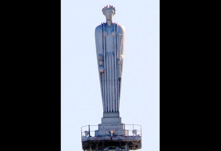The Ceres statue atop the Chicago Board of Trade Building.