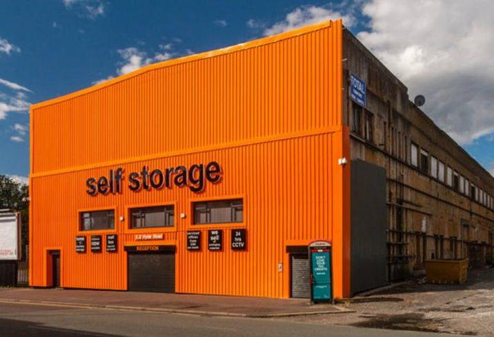 Self-storage, self storage