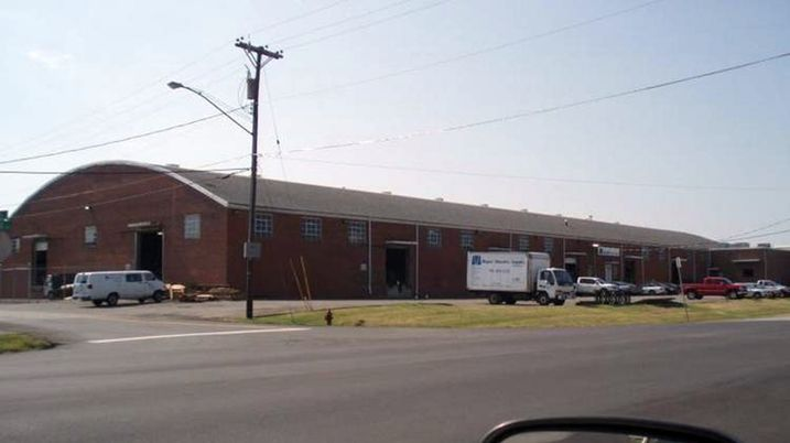 Vacant 100 Oaks-Area Warehouse To Become Office Space
