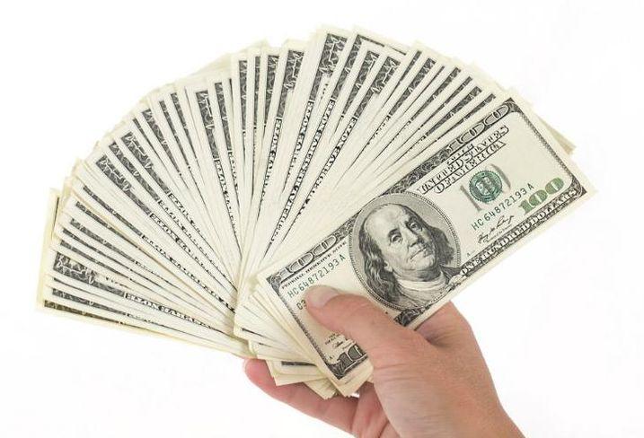 Money, consumer spending, consumer prices,  shopping