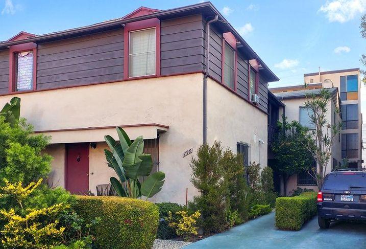 156 South Hayworth, LA