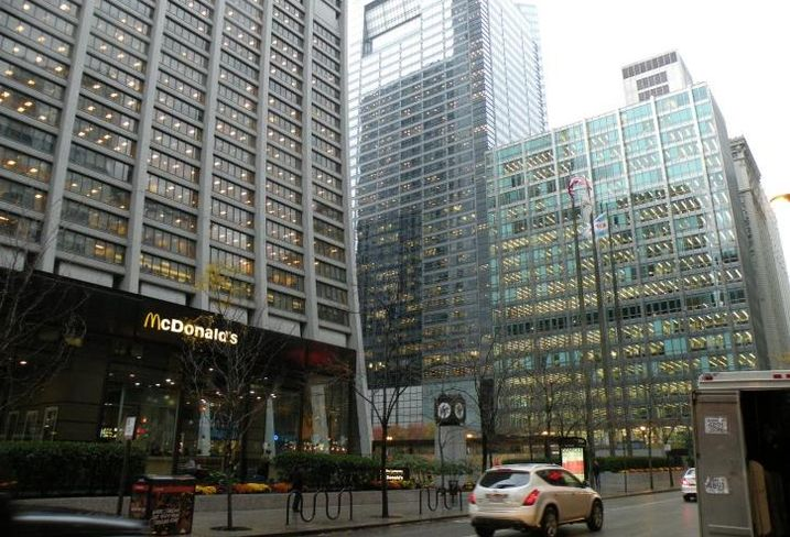 Chase Tower, Central Chicago Business District