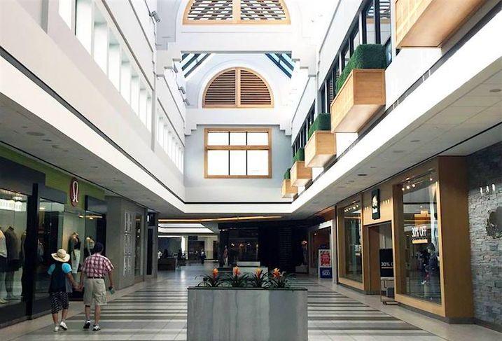 CF Promenade Shopping Centre