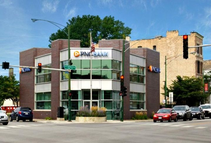 A PNC Bank at 1640 West Fullerton in Chicago