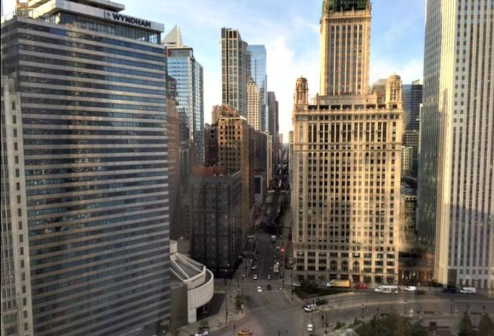 A view of downtown Chicago at the intersection of Wacker Drive and Wabash Avenue, from Trump Tower.