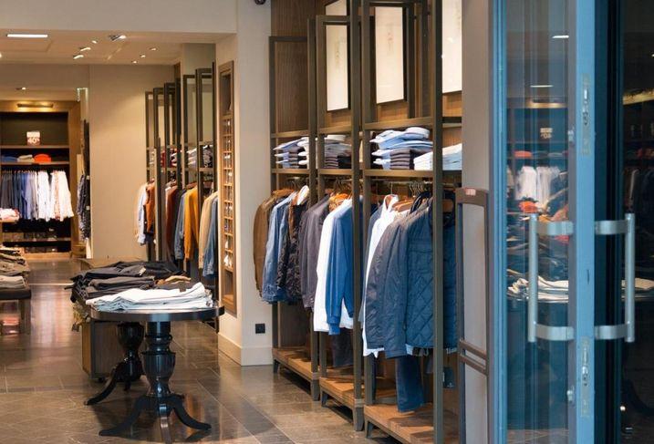 Retail, apparel retailers