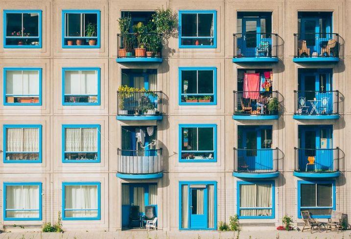 Multifamily, apartment renting