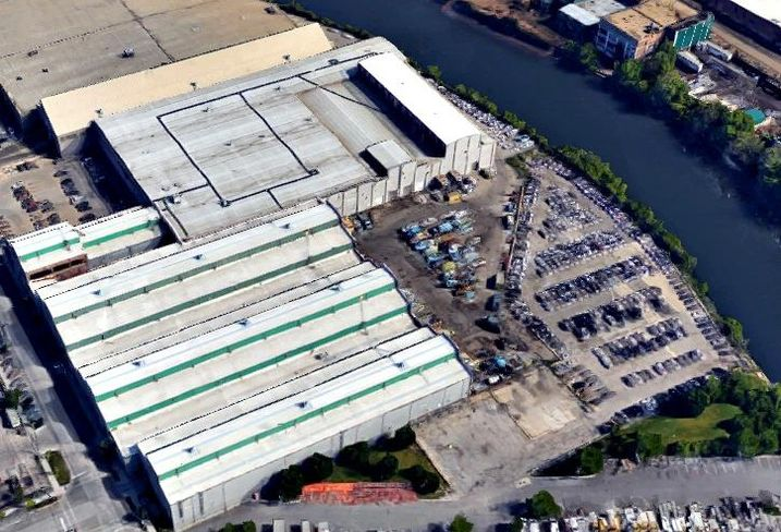 A 2.2 acre parcel of land in Chicago's North Branch Industrial Corridor.