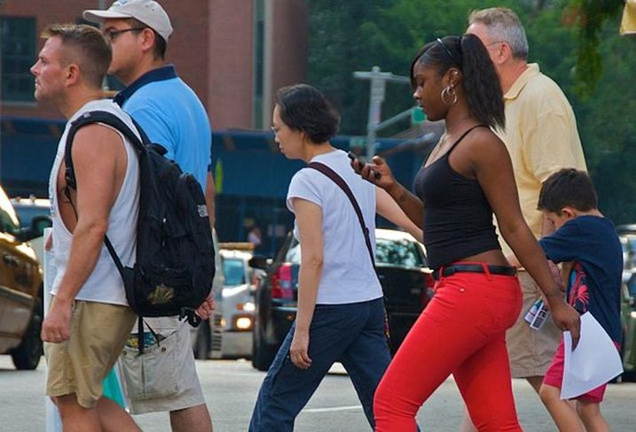People crossing a New York City street