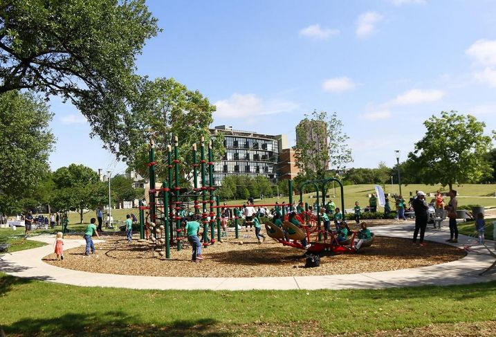 Uptown Dallas Inc. completed the neighborhood's first public playground. The new playground, featuring marks the final installation in the overall park plan as it is part of a UDI led multimillion dollar, multi-phase renovation of Griggs Park.