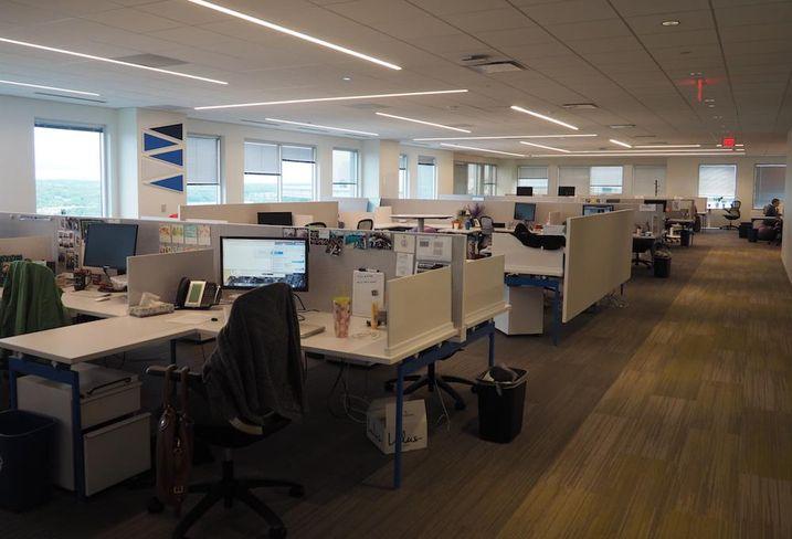 2U work area