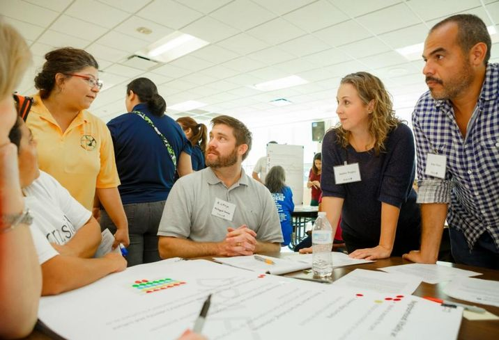 Avenue and the UH Community Design Resource Center