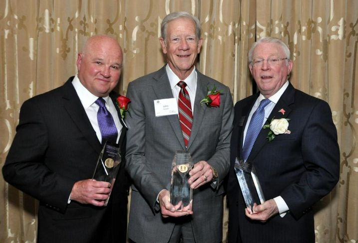NTCAR inducted Woodbine Development Corp. founder and chairman John Scovell and Transwestern principal Jack Huff into the 2017 Commercial Real Estate Hall of Fame. Downtown Dallas Inc. vice chairman John Crawford received the Michael F. McAuley Lifetime Achievement Award.
