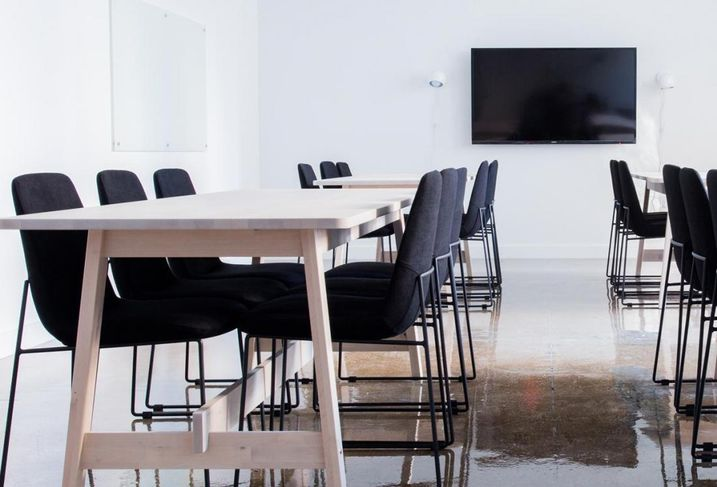 How The Internet Is Changing Audiovisual Technology In The Workplace